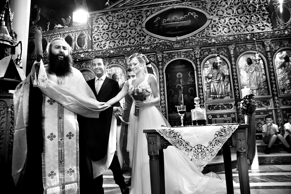η φωτογράφηση γάμου της Αλεξάνδρας και του Alex ,ο χορός του Iσαία