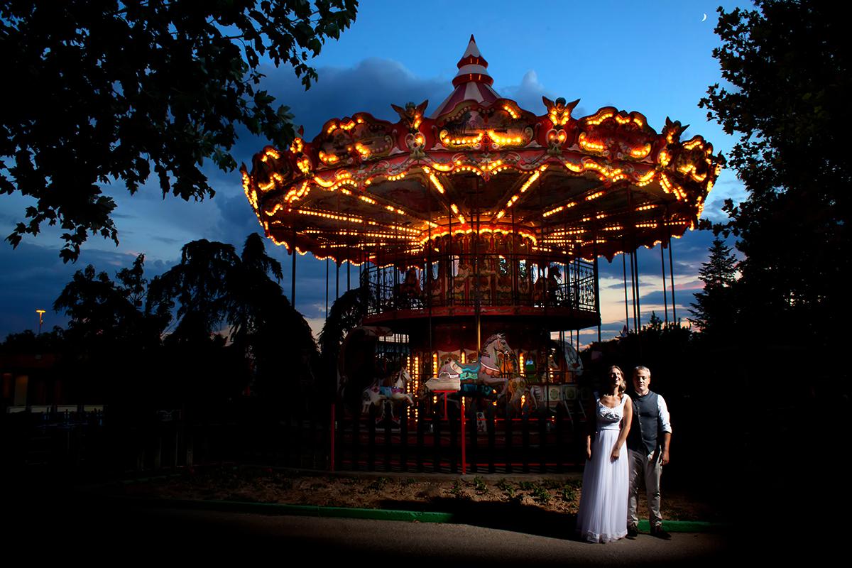 η ξεχωριστή φωτογράφηση γάμου της Μαρίας και του Νίκου.φωτογραφία γάμου στο λούνα παρκ