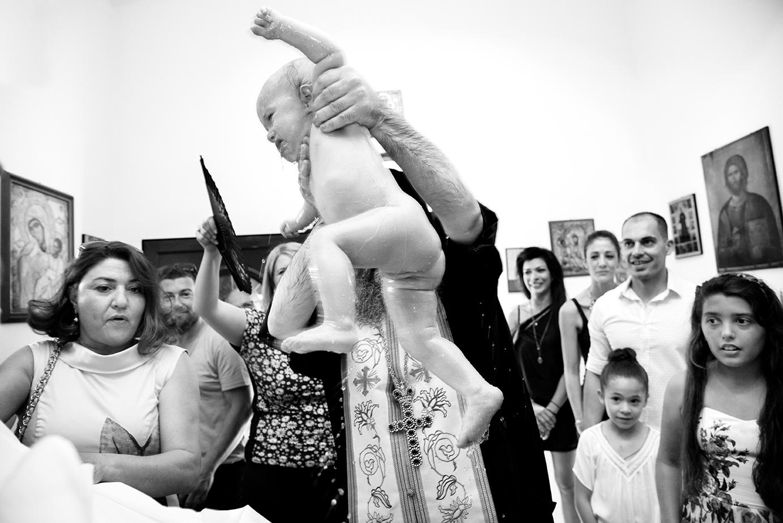 φωτογράφιση βάπτισης.